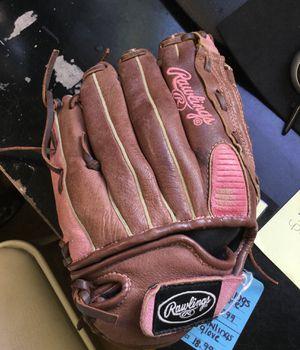Rawlings Glove for Sale in Marlboro Township, NJ
