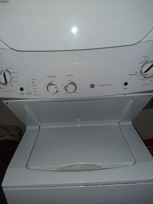 GE Reg. sz Stack Wash/Dry for Sale in Spencer, IN