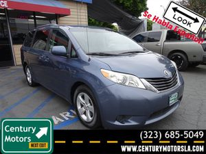 2013 Toyota Sienna for Sale in Los Angeles, CA