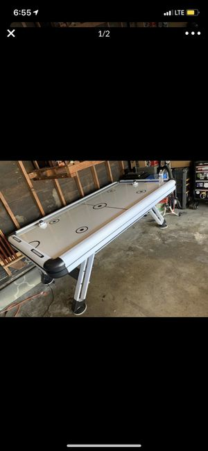 Air hockey table for Sale in Long Beach, CA