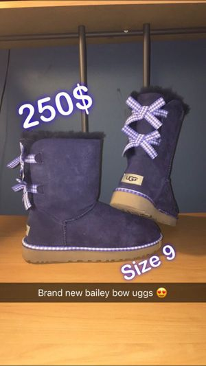 Bailey Bow Uggs for Sale in Gaithersburg, MD