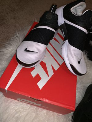 Nike Presto (blacknwhite) for Sale in Ashburn, VA