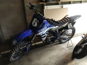 Yamaha 250 dirt bike for Sale in Powell, OH