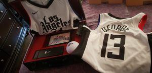 Nike los angeles Clippers memorabilia for Sale in Los Angeles, CA