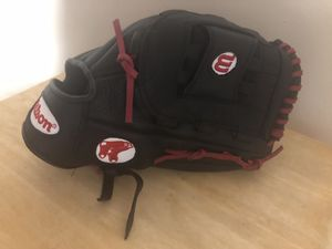 Wilson a600 Red Sox logo baseball glove for Sale in Boston, MA