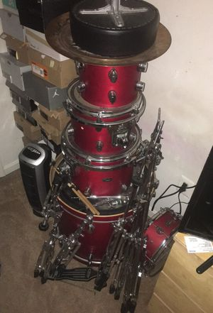 5 piece Red Pacific drum set for Sale in Upper Marlboro, MD