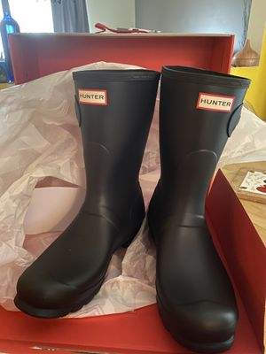 Hunter short rain boots for Sale in Andover, NJ