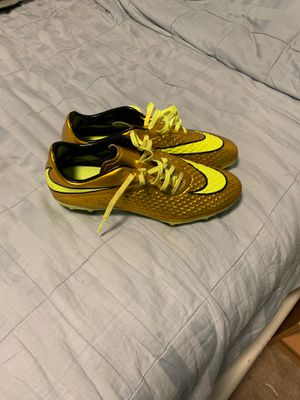Soccer shoes for Sale in Germantown, MD