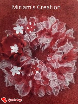 Paper flower Mesh Wreath For Valentines Day for Sale in Lakeland, FL
