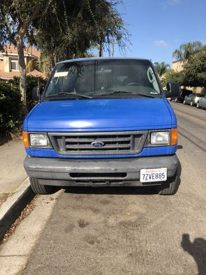 2004 Ford E-350 superduty for Sale in Chula Vista, CA
