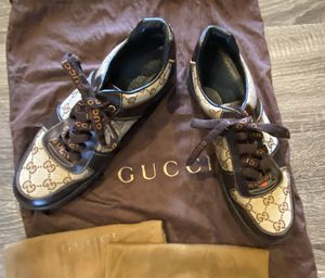 Gucci Men's Low Top Sneakers 7 for Sale in Brooklyn, NY