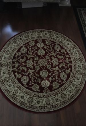 Elegant round rug/ carpet for Sale in Las Vegas, NV