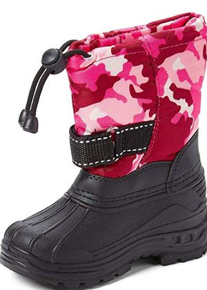 NEW size 3 girl (4-8 yrs) snow / winter boots for Sale in San Jose, CA