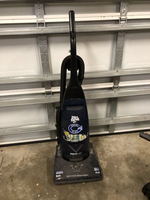 Dirt devil vacuum needs a good cleaning for Sale in Palm Harbor, FL