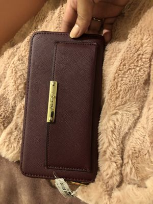 ALDO dark maroon wallet for Sale in Methuen, MA