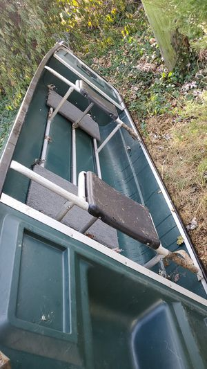 Crawdad boat for Sale in Newfield, NJ