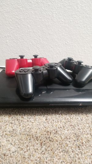 PS3 + 3 Controllers for Sale in Lakewood, WA