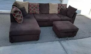 Like new Sectional with Ottoman $280 Firm FREE DELIVERY for Sale in Mesa, AZ