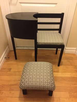 "Vintage Antique! ""Gossip Table"". Telephone table & small tabouret. Stylish two lovely pieces of furniture. Excellent condition. If you find and bring for Sale in Menands, NY"