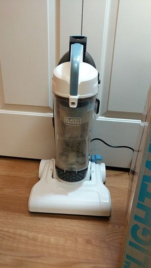 Black and Decker vacuum *missing handle for Sale in Arden, NC