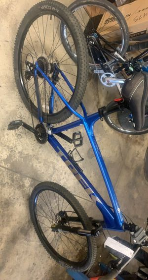2021 Trek Marlin 6 XXL Frame Mountain/Trail Bike for Sale in Frisco, TX