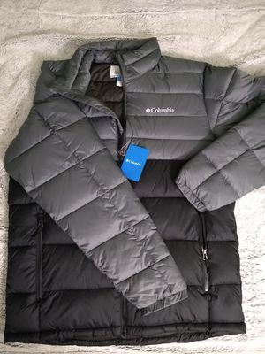 Men's Columbia puffer jacket for Sale in Stafford, VA