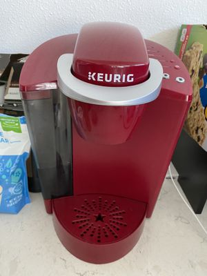 Red Keurig Coffee Maker for Sale in Issaquah, WA