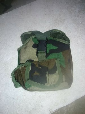 Army 1 quart canteen cover for Sale in Barboursville, WV
