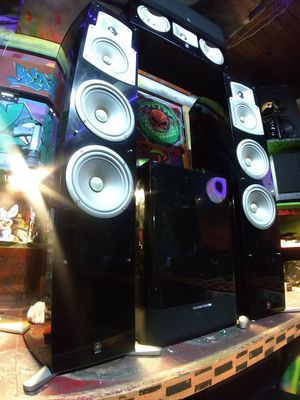 Yamaha NS-555 towers speakers and matching center with Powered subwoofer and surrounds 5.1 -7.2 options available for Sale in Auburn, WA