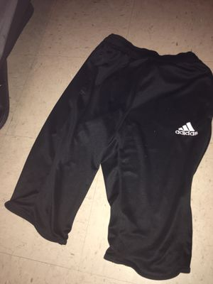 Adidas 3/4 training pants for Sale in Burlington, NC