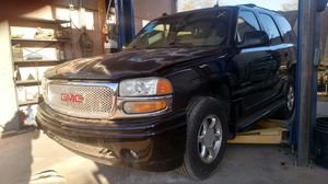Parting Out - 2004 GMC YUKON DENALI for Sale in Tucson, AZ