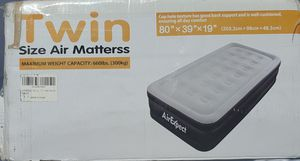$40 TWIN AIR MATTRESS for Sale in Las Vegas, NV