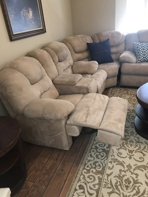 4 Piece Sectional Living Room Set with 3pc table set for Sale in Berenda, CA