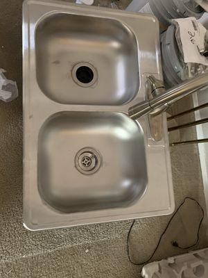 Moen kitchen sink for Sale in Nashville, TN