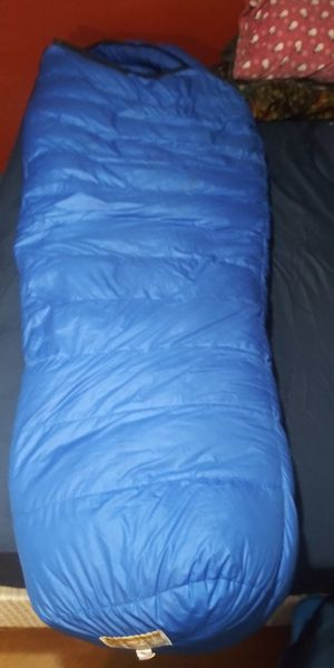 Western mountaineering puma sleeping bag for Sale in Garland, TX