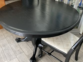 Dining Table Dining Leaf And 6 chairs for Sale in Ontario,  CA