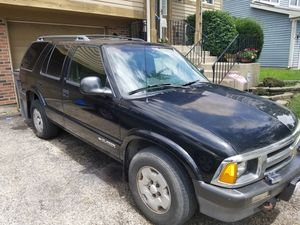 1995 Chevy 4x4 Blazer for Sale in Elgin, IL