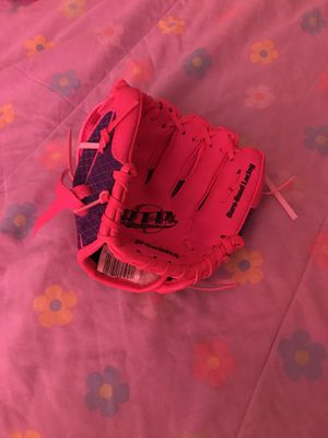 Softball glove for Sale in Palmdale, CA