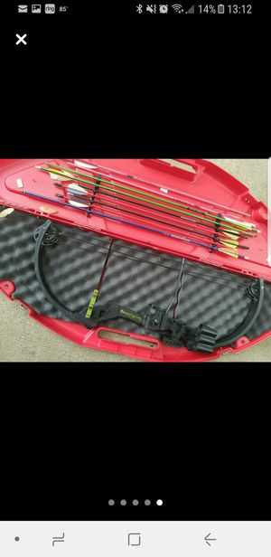 Youth bow for Sale in Etterville, MO