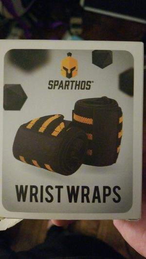 Workout wrist wraps new for Sale in Perris, CA