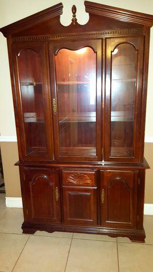 China cabinet. Curio for Sale in Sunrise, FL