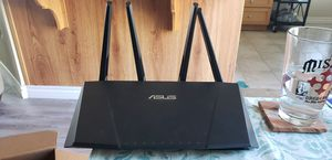 ASUS Dual Band Gigabit wifi router RT-AC87U ac2400 for Sale in San Diego, CA