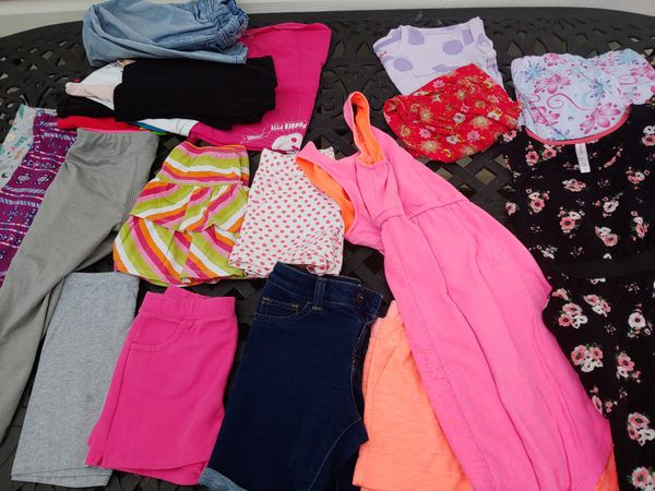 Used Girls Clothes Size 6/7 for play