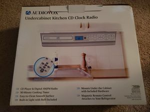 Audiovox Under Cabinet CD Player for Sale in Sterling, VA
