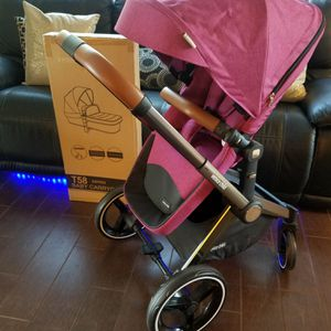 Fancy Venice Stroller With Bassinet for Sale in Los Angeles, CA
