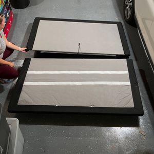 Linak Cal king Adjustable Bed Frame for Sale in Yorba Linda, CA