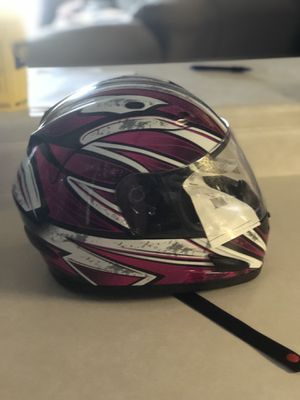 Raider xl women's snowmobile helmet for Sale in Waunakee, WI