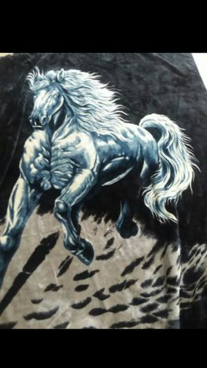 King size horse blanket, fleece for Sale in Puyallup, WA