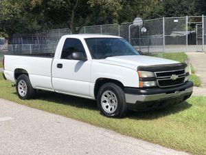 2006 Chevy Silverado 1500 work truck for Sale in Tampa, FL