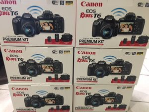 Canon EOS Rebel T6 DSLR Two Lens Kit with EF-S 18-55mm IS II and EF 75-300mm III lens - Black for Sale in Queens, NY